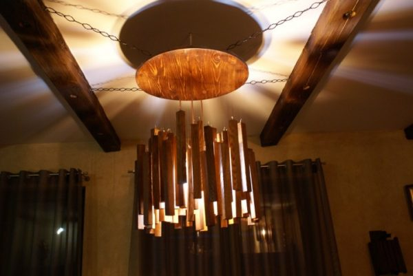 wood chandelier lighting