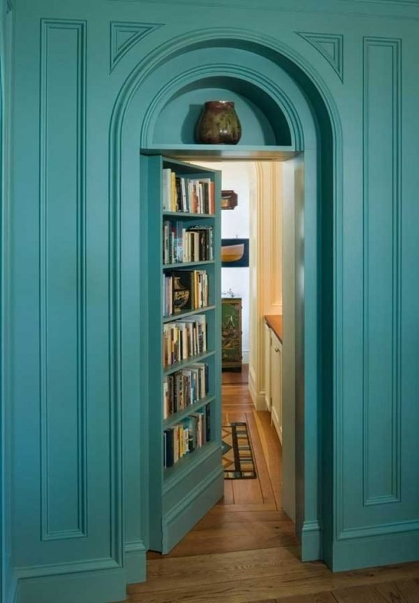 homes with secret rooms