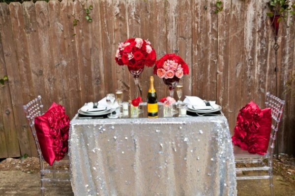 table decoration for valentine's day