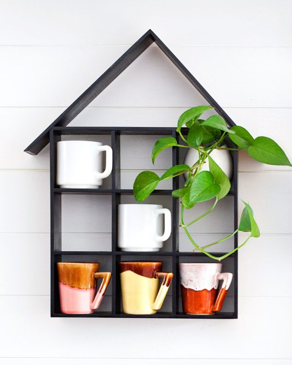 coffee mug wall shelf