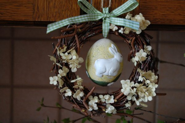 easter wreath decorations