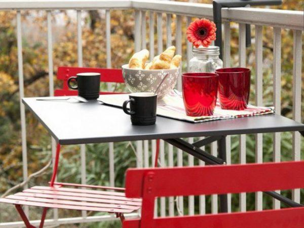 Space saving table for small balcony littlepieceofme - Table balcon suspendue ikea ...