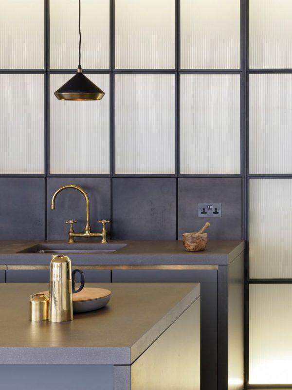 brass kitchen sink faucet