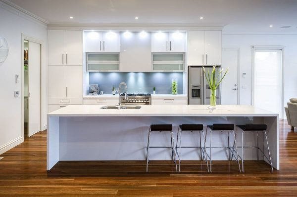 Modern white kitchen ideas