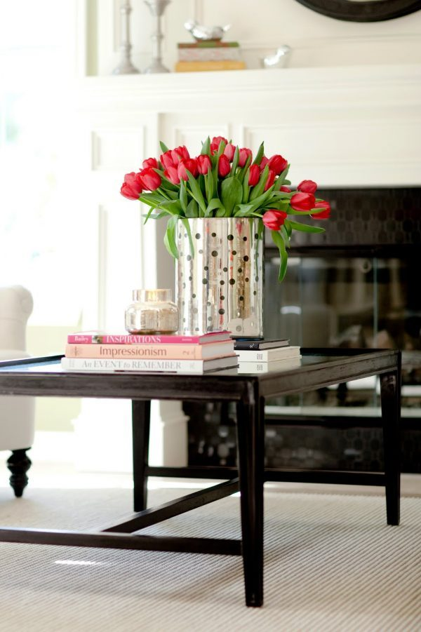 tulip table arrangements
