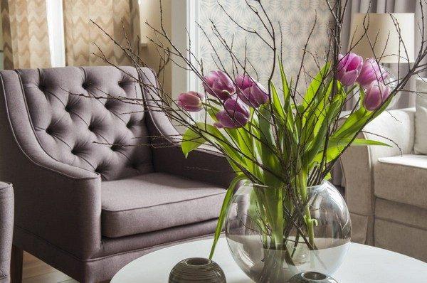 tulip arrangements centerpieces