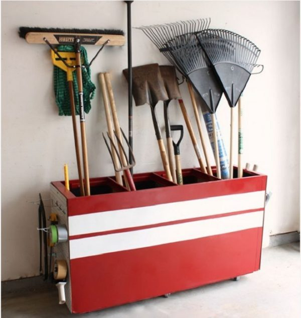 diy garden tool organizer
