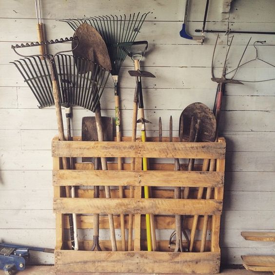 Diy garden tool storage solutions little piece of me for Garden tool storage ideas