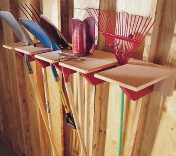 rack for garden tools