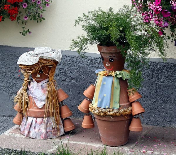 Diy clay pot crafts: 17 clay pot people
