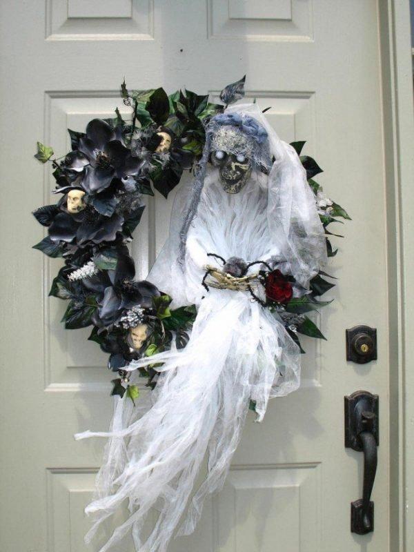 scary halloween wreaths
