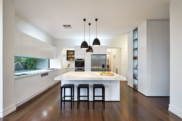black pendant lights for kitchen island