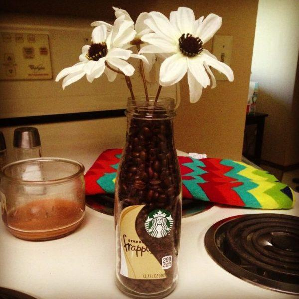 Coffee Themed Kitchen Curtains: Coffee Bean Crafts Ideas