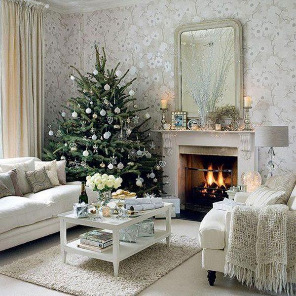 gold silver and white christmas decor