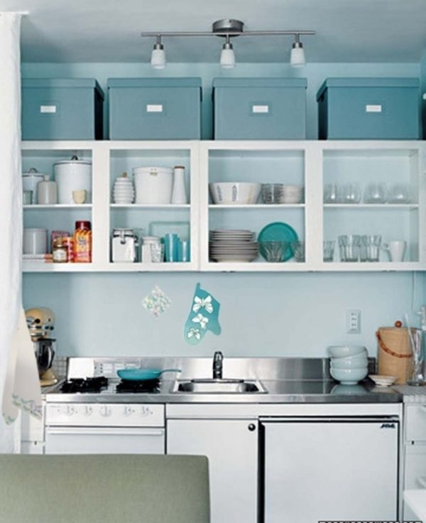 Space Above Kitchen Cabinets: How To Decorate Space Above Kitchen Cabinets