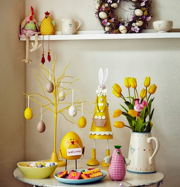 traditional easter decorations