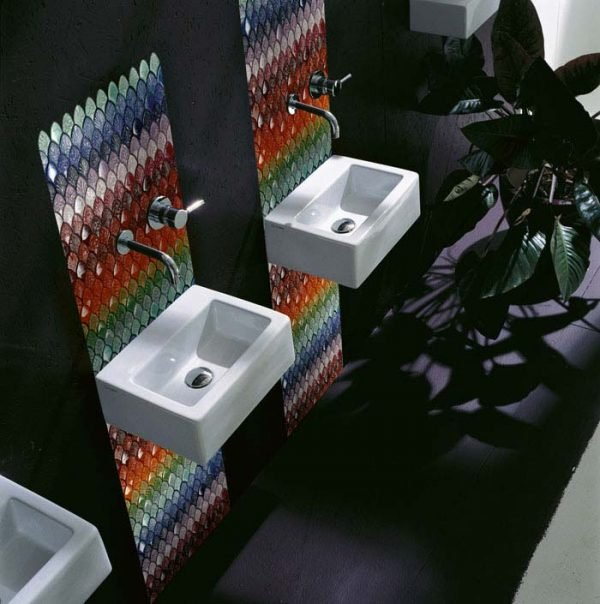 glass mosaic bathroom tiles