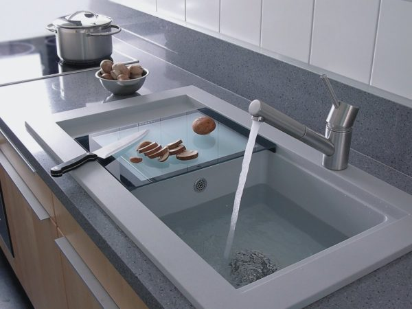 Modern kitchen sink designs - Little Piece Of Me