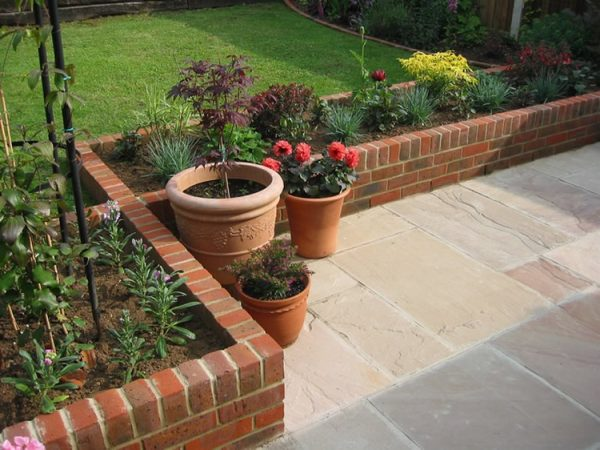 brick designs for yard