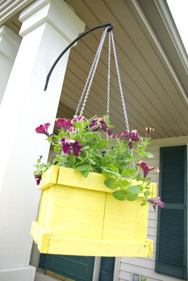 hanging pallet planter box
