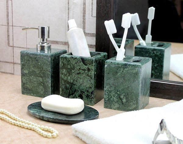 marble home accessories