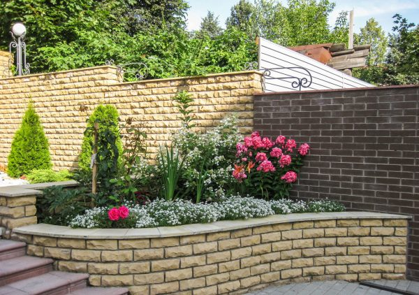 best retaining wall