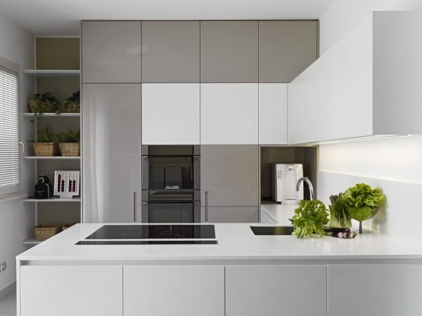 handleless kitchen cupboards