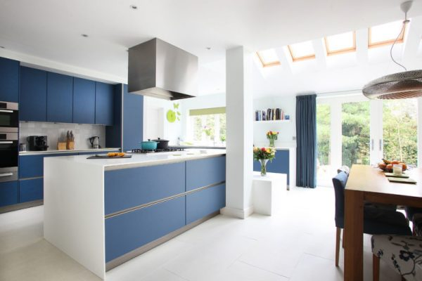 kitchen cabinet doors without handles
