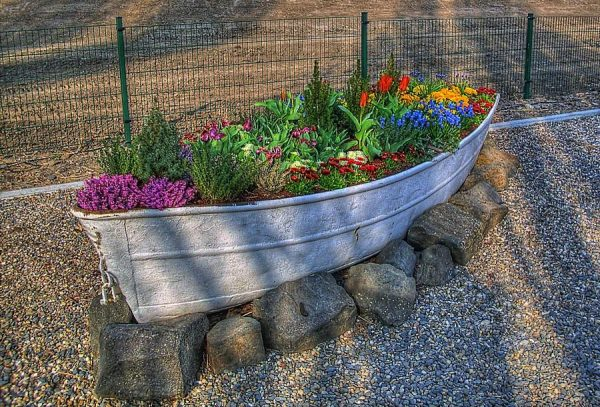 Nautical boat planters