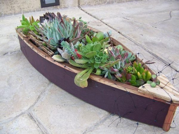wooden boat planter