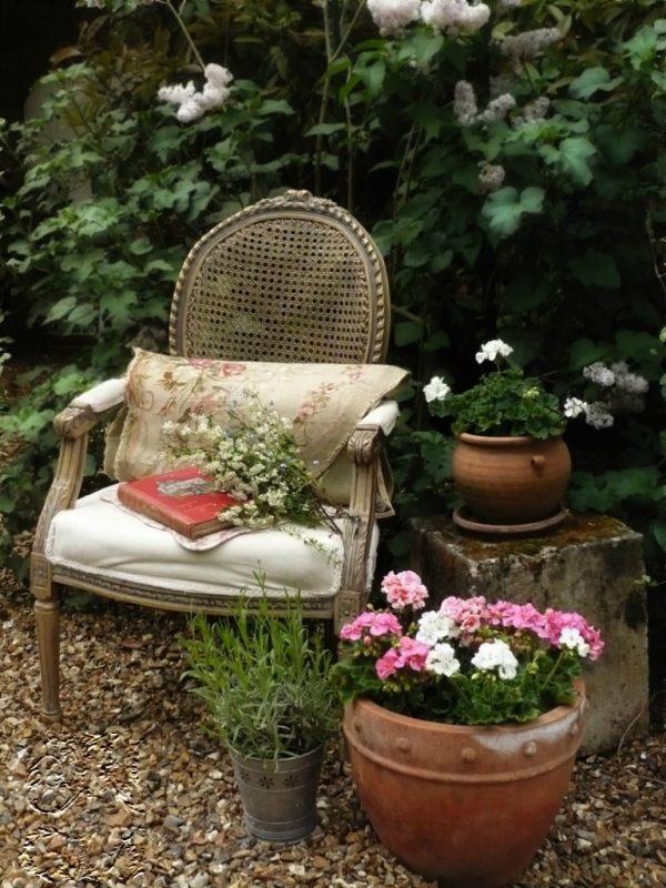 Vintage garden design