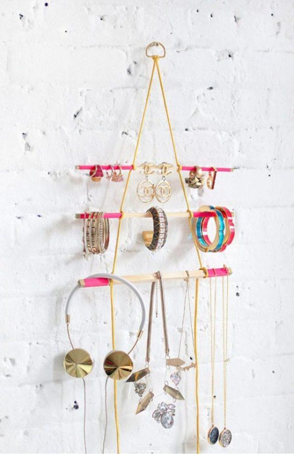 diy jewelry hanging organizer