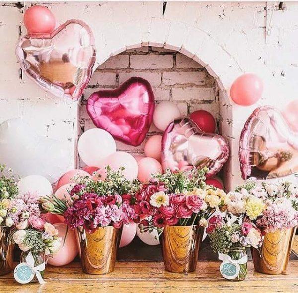 Balloon decoration for valentine's day