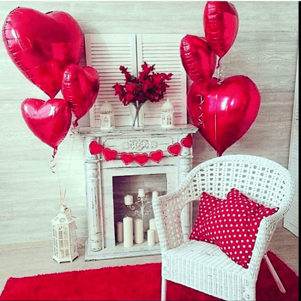 decoration with balloons at home