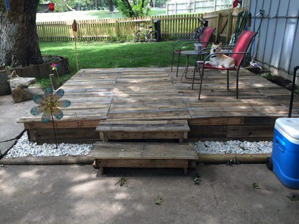 how to make pallet deck