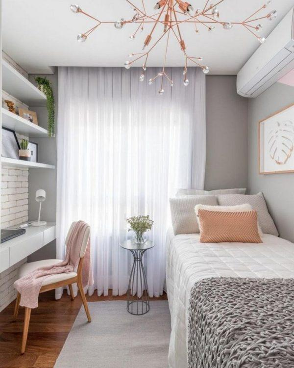 simple design of small bedroom