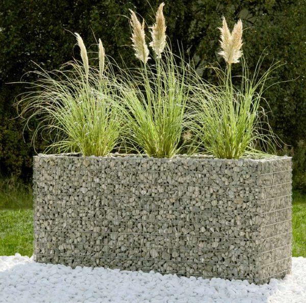 Cheap and beautiful garden landscaping ideas with gabion planters