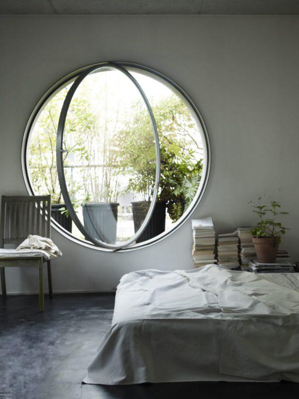 round windows that open