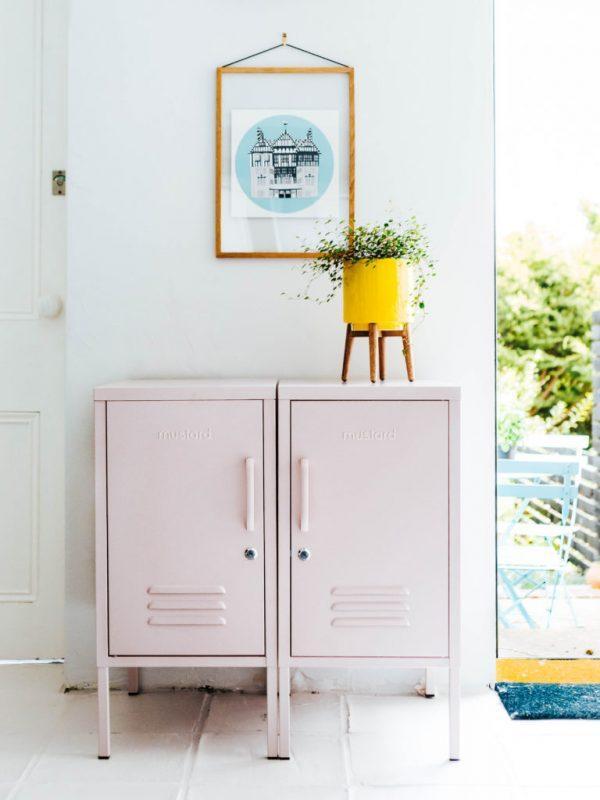 locker style cabinet
