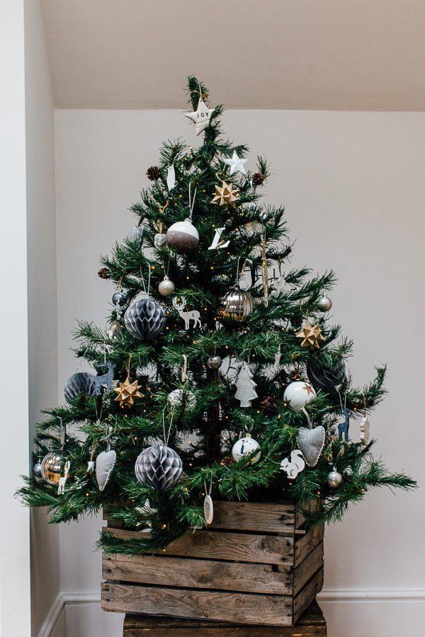 christmas tree stand box