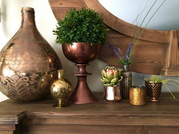how to decorate with vases