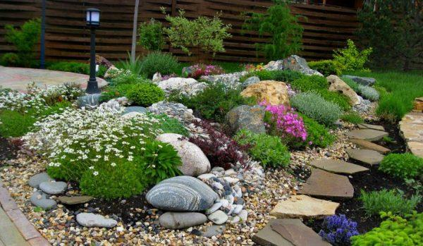 flower bed designs with rocks