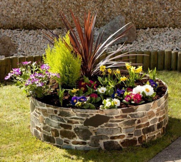 cheap flower bed ideas