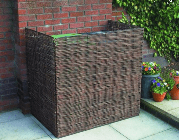 simple garbage can enclosure