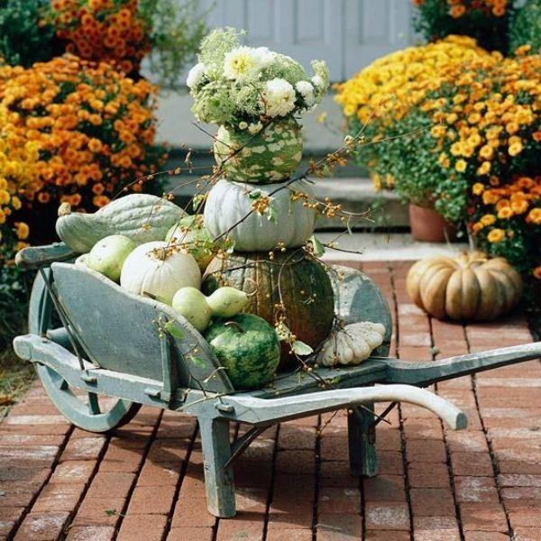 Outdoor autumn decorating ideas