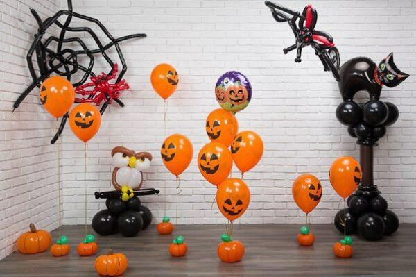 Halloween balloons decoration